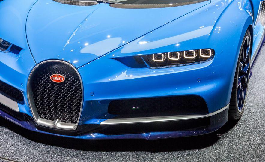 2017 Bugatti Chiron - Slide 9