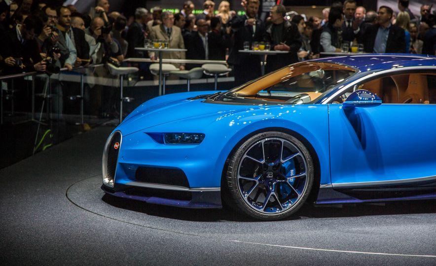 2017 Bugatti Chiron - Slide 10