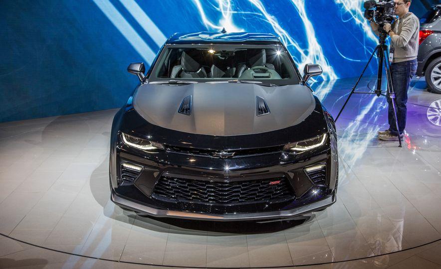 2017 Chevrolet Camaro SS 1LE - Slide 6