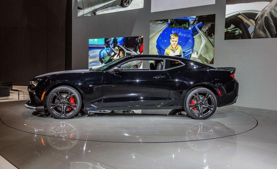 2017 Chevrolet Camaro SS 1LE - Slide 9