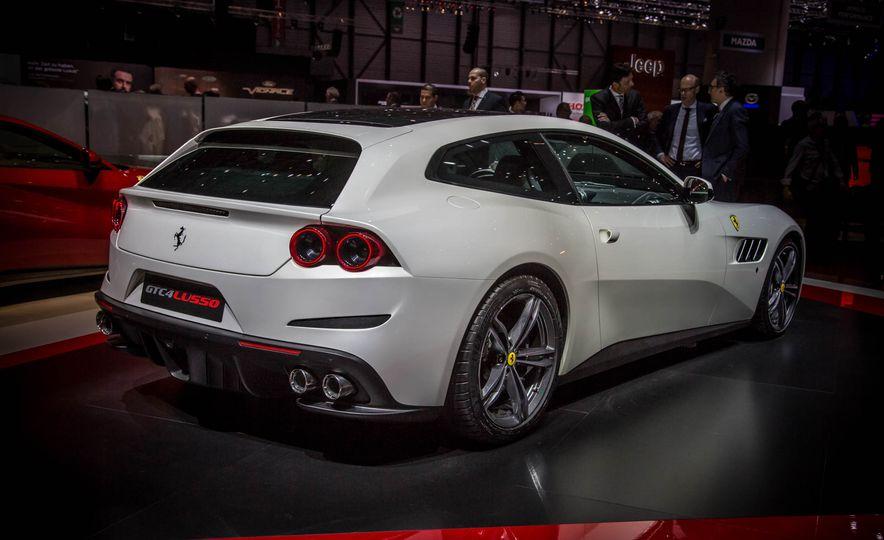2017 Ferrari GTC4Lusso - Slide 2
