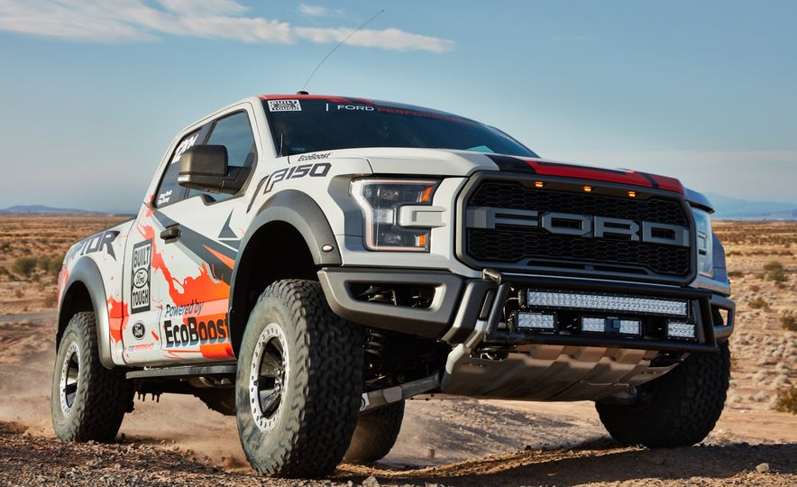 2017 Ford F-150 Raptor race truck - Slide 2