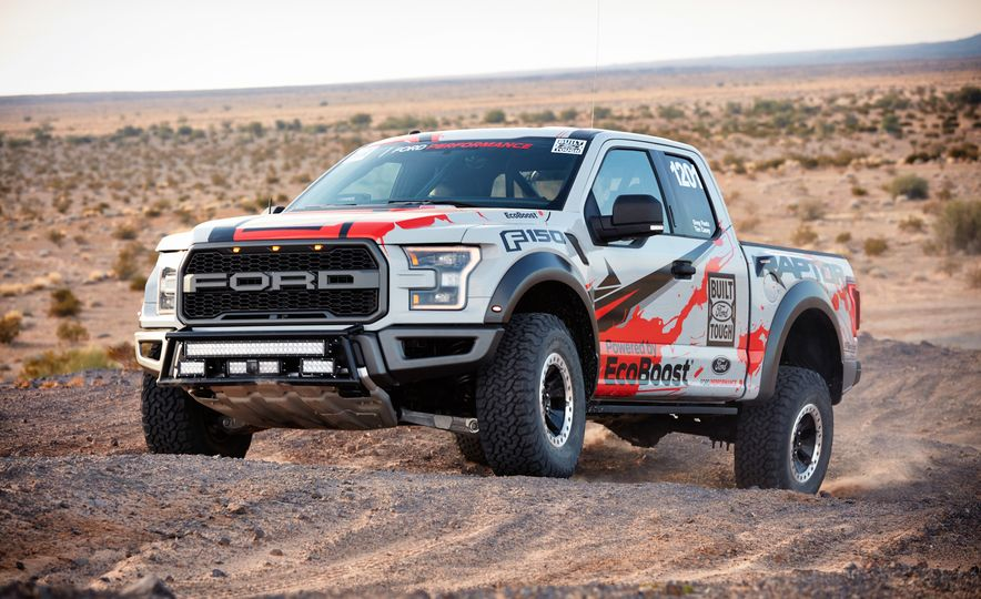 2017 Ford F-150 Raptor race truck - Slide 4