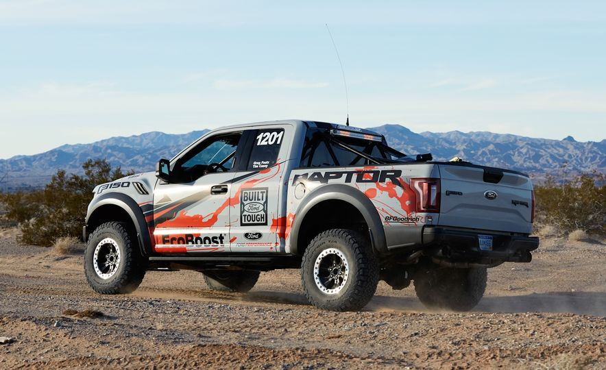 2017 Ford F-150 Raptor race truck - Slide 6