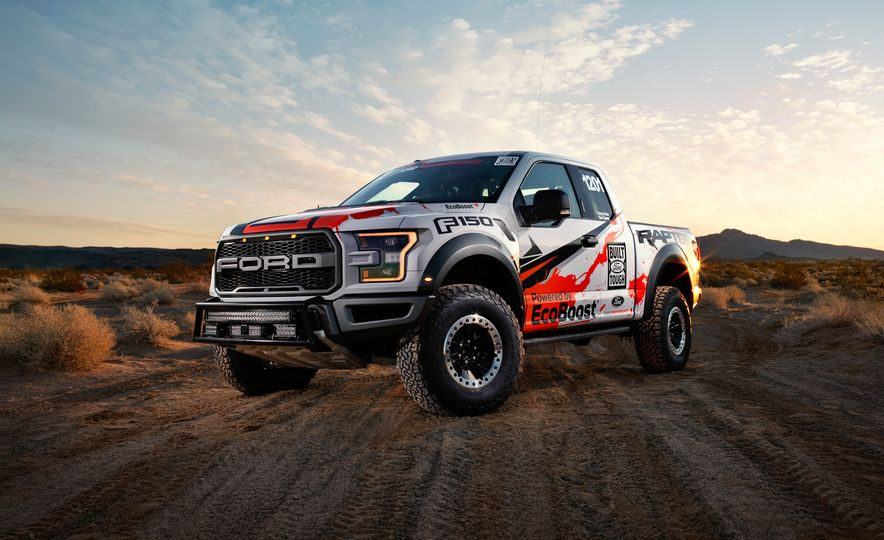 2017 Ford F-150 Raptor race truck - Slide 11