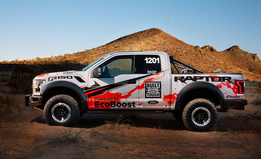 2017 Ford F-150 Raptor race truck - Slide 13
