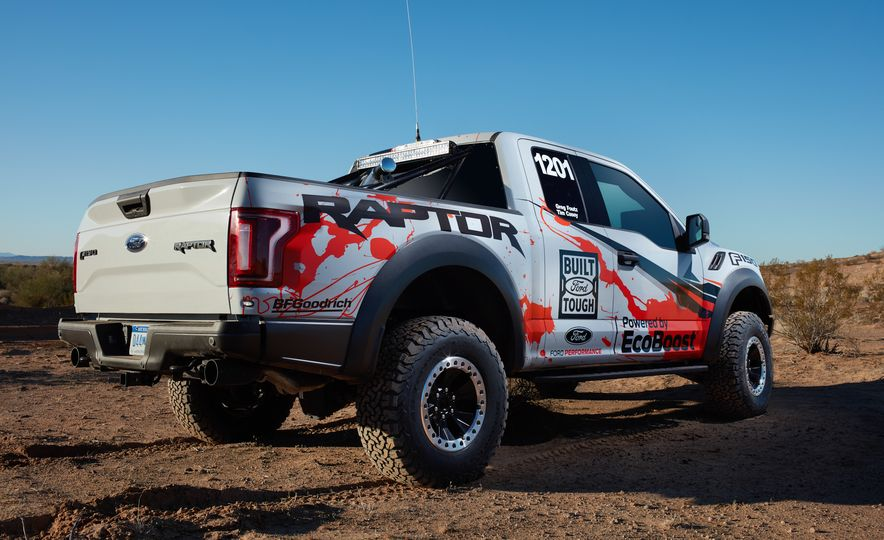 2017 Ford F-150 Raptor race truck - Slide 14