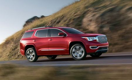 2017 GMC Acadia Priced, Shaves Nearly $2K Off 2016 Model