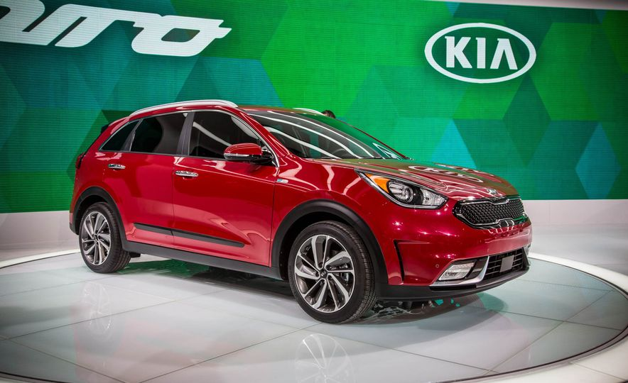 The 10 Cars You Must See from the 2016 Chicago Auto Show - Slide 8