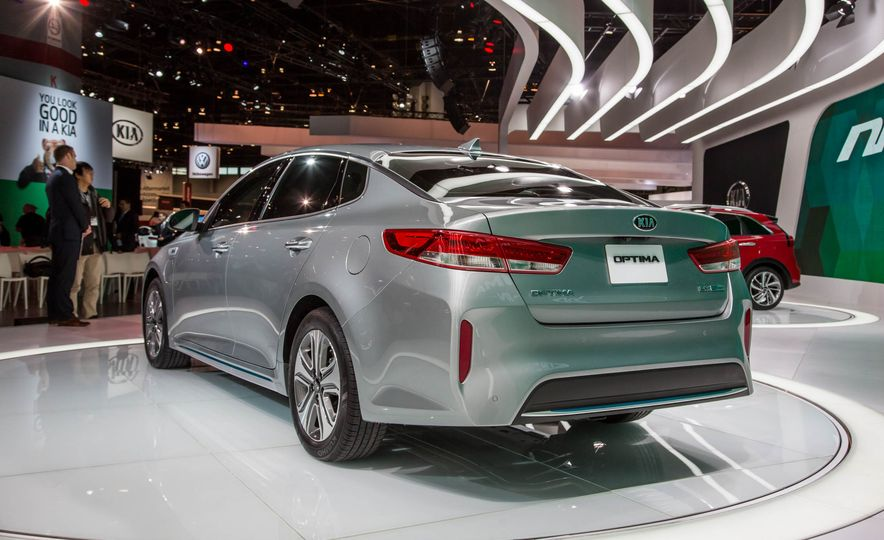 The 10 Cars You Must See from the 2016 Chicago Auto Show - Slide 7