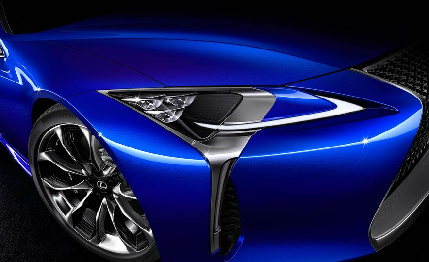 2018 Lexus LC500h - Slide 46