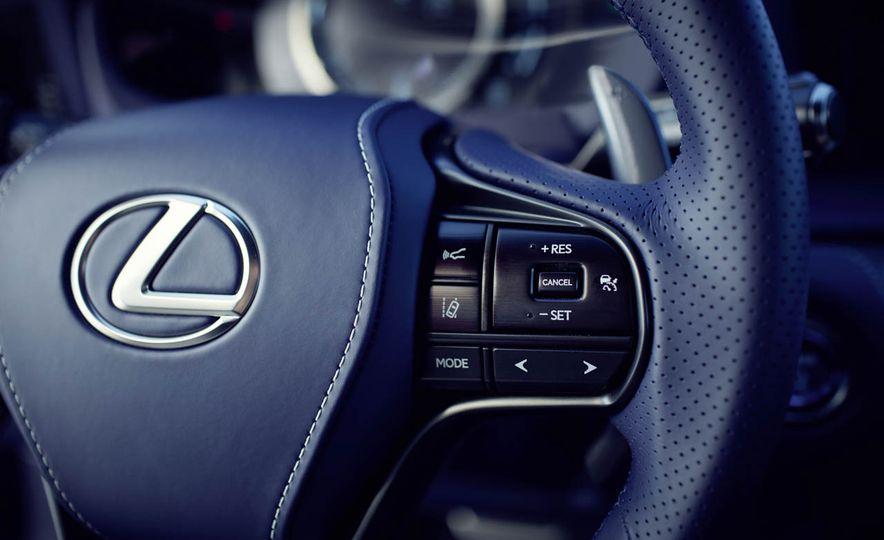 2018 Lexus LC500h - Slide 55