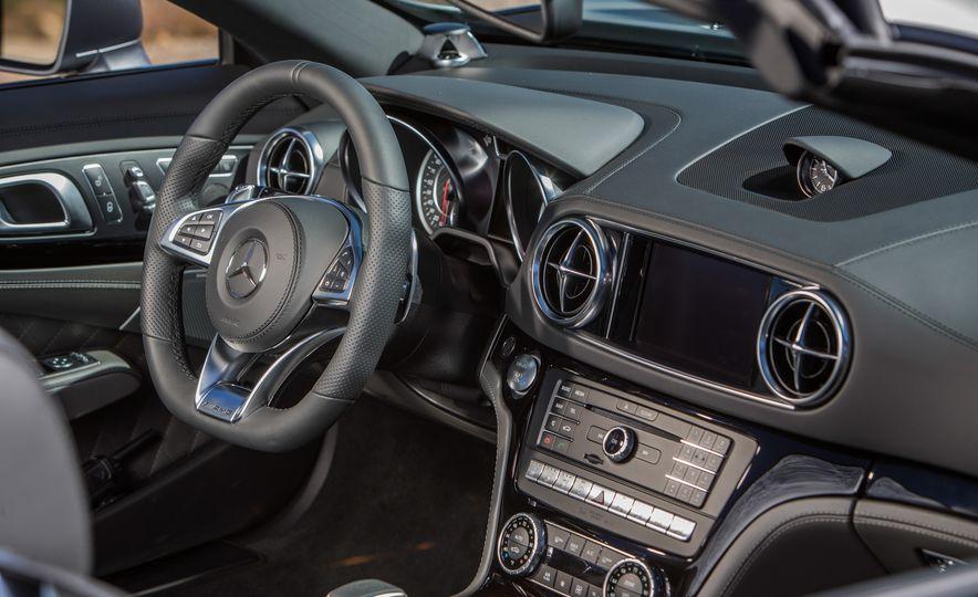 2017 Mercedes-AMG SL65 - Slide 70