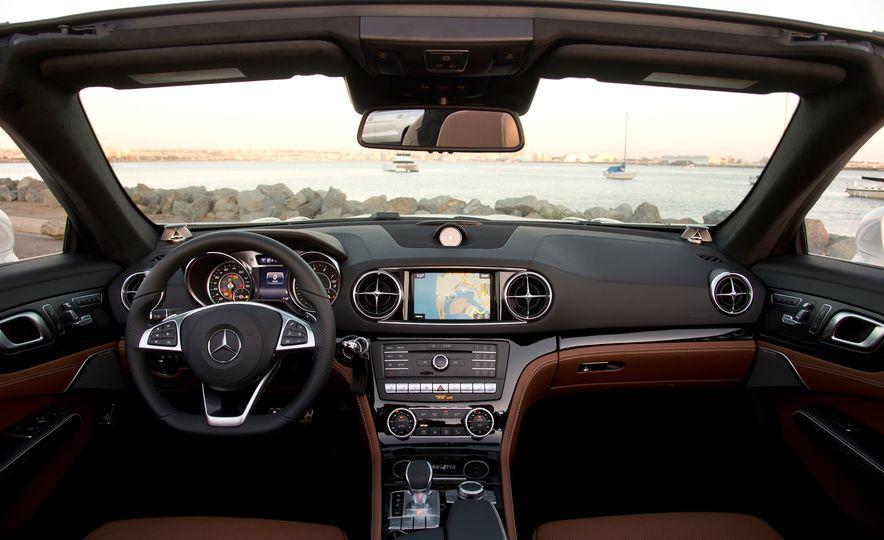 2017 Mercedes-AMG SL65 - Slide 31