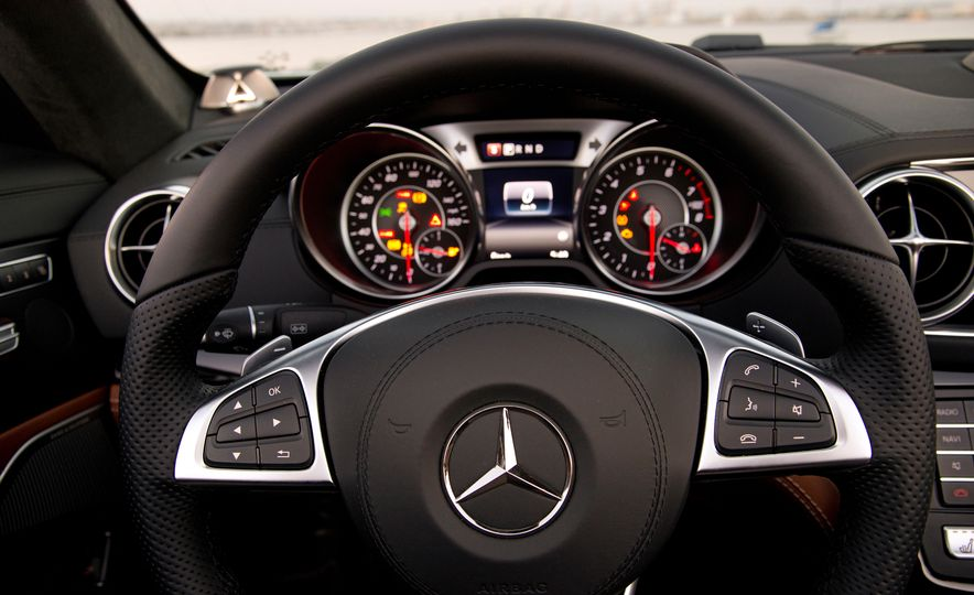 2017 Mercedes-AMG SL65 - Slide 35
