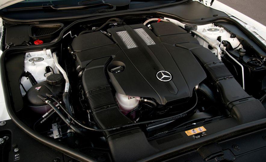 2017 Mercedes-AMG SL65 - Slide 41