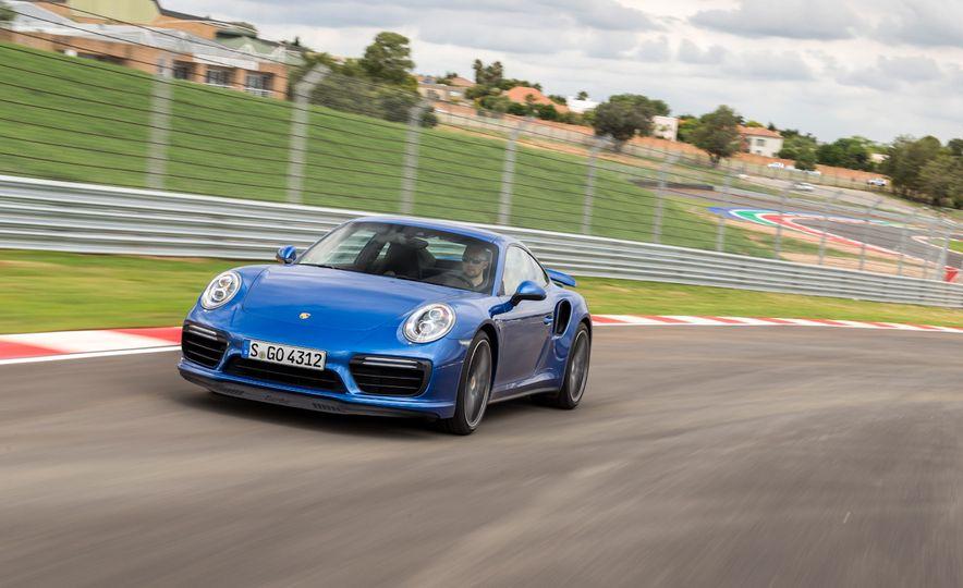 2017 Porsche Macan GTS - Slide 43