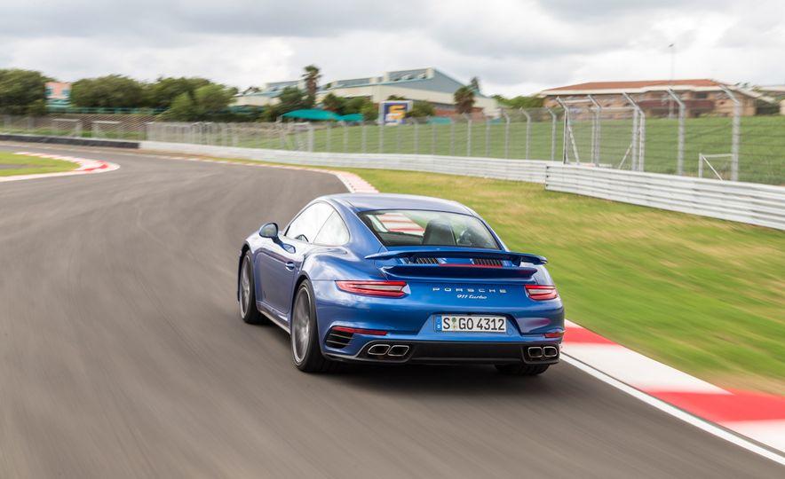 2017 Porsche Macan GTS - Slide 44