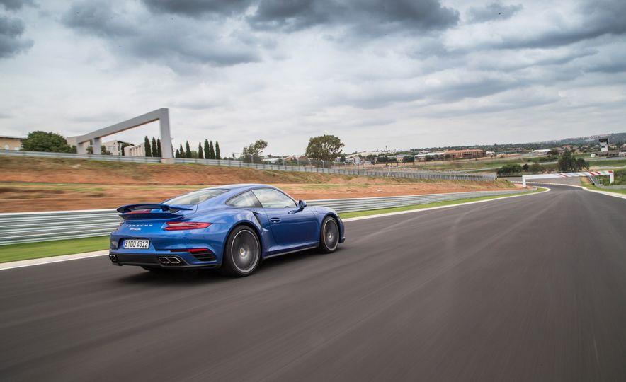 2017 Porsche Macan GTS - Slide 45