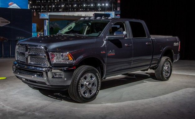 2017 Ram 2500 3500 Interior Review Car And Driver