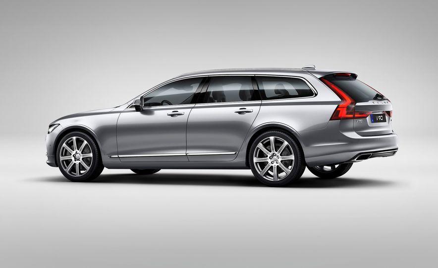 2017 Volvo V90 - Slide 30