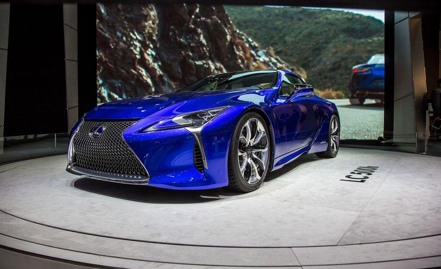 2018 Lexus LC500h - Slide 2