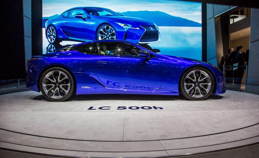 2018 Lexus LC500h - Slide 10