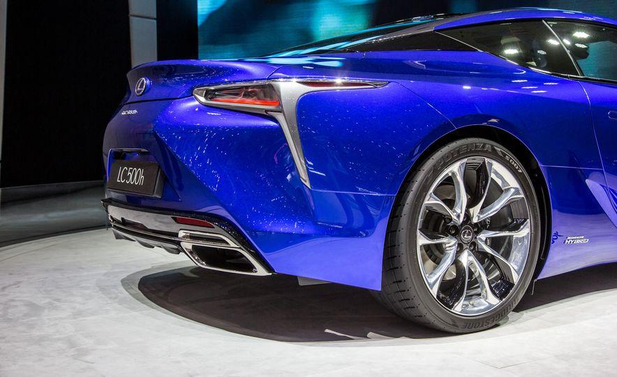 2018 Lexus LC500h - Slide 20