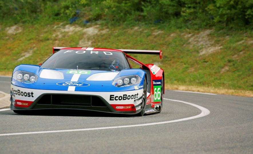 Ford GT race car - Slide 12