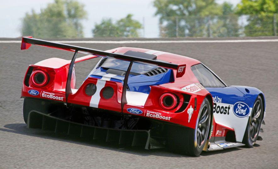 Ford GT race car - Slide 19
