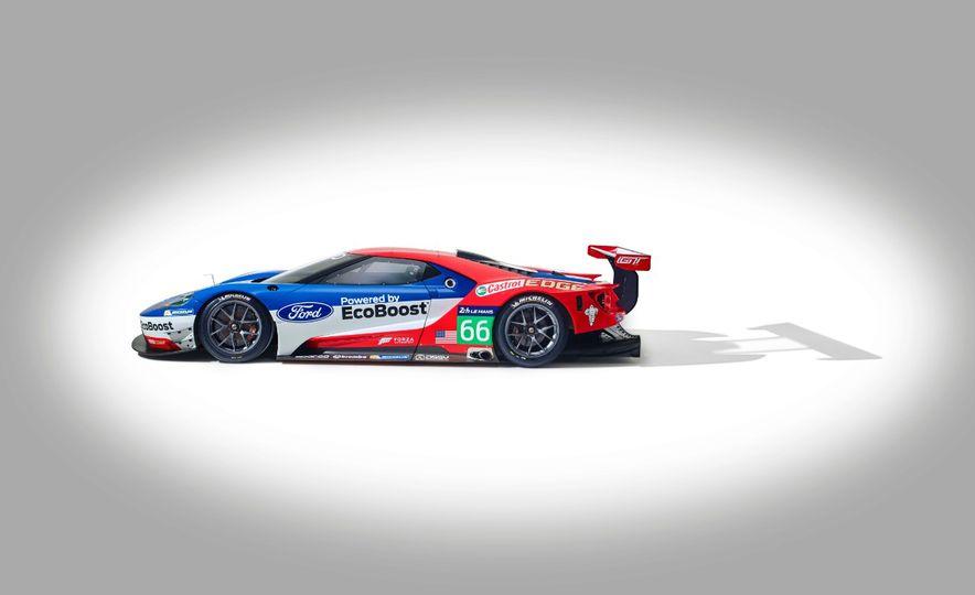 Ford GT race car - Slide 24