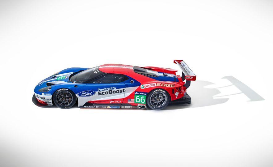 Ford GT race car - Slide 25