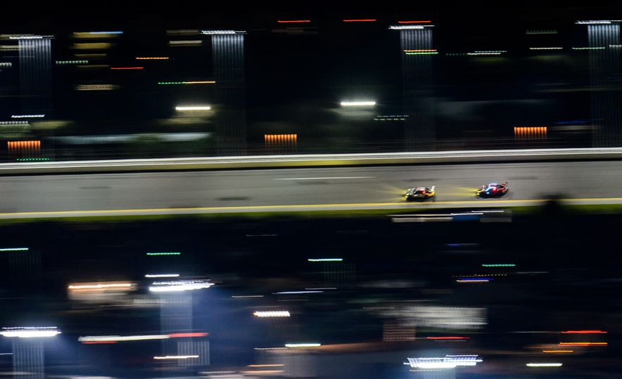 The 2016 24 Hours of Daytona in 40 Stunning Photos - Slide 21