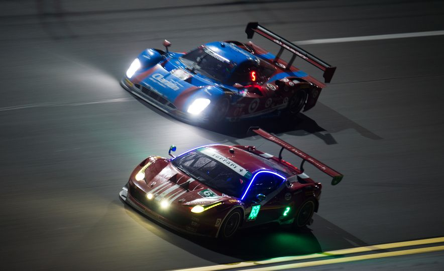 The 2016 24 Hours of Daytona in 40 Stunning Photos - Slide 22
