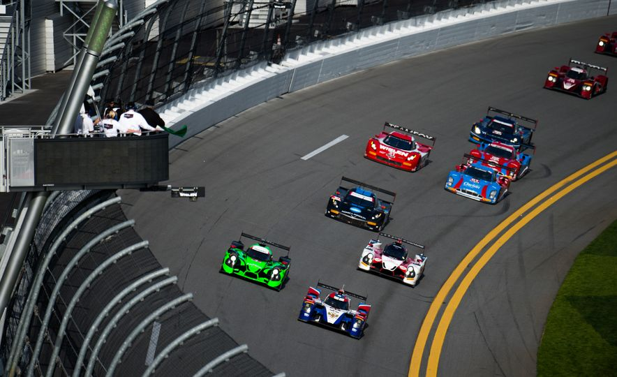 The 2016 24 Hours of Daytona in 40 Stunning Photos - Slide 5