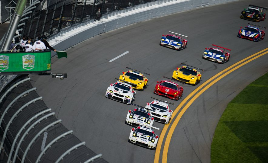 The 2016 24 Hours of Daytona in 40 Stunning Photos - Slide 6