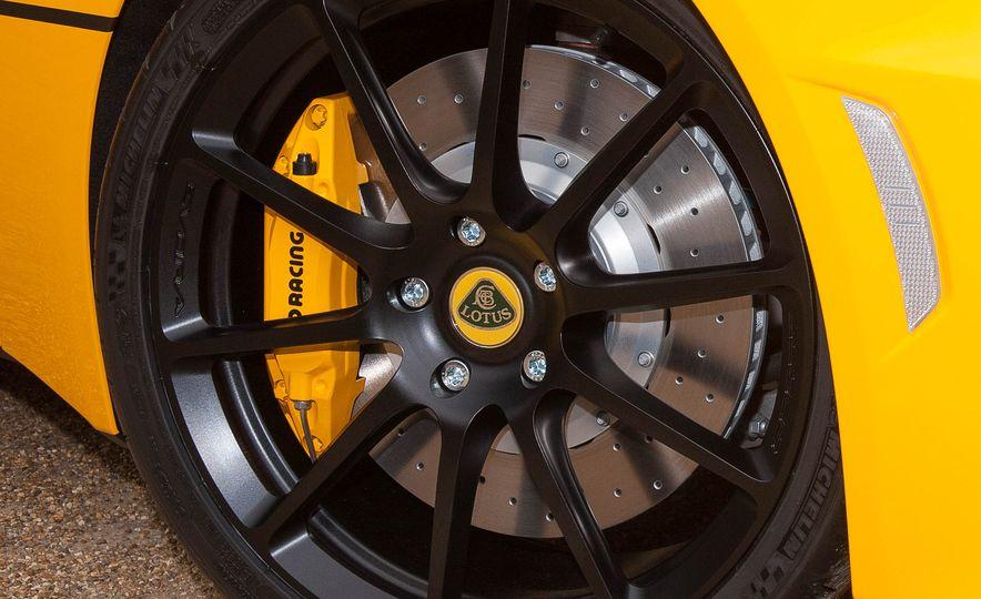 Lotus Evora 410 Sport - Slide 16