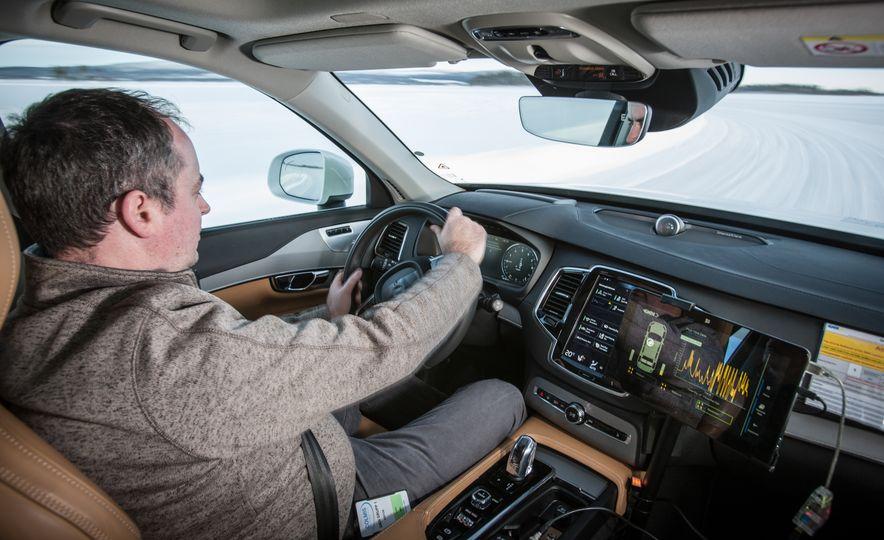 Volvo XC90 T8 e-Twinster prototype - Slide 8