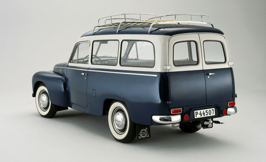 Estate Planning: A Visual History of Volvo Station Wagons - Slide 3