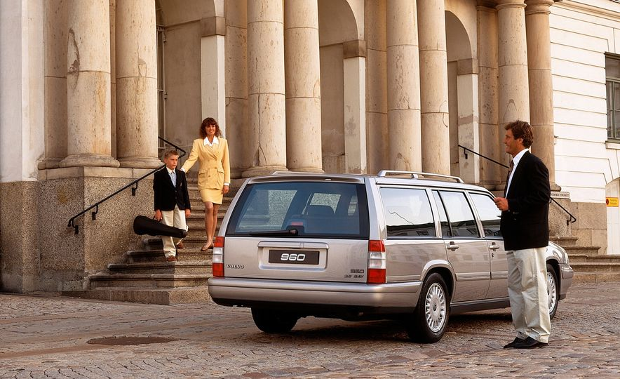 Estate Planning: A Visual History of Volvo Station Wagons - Slide 18