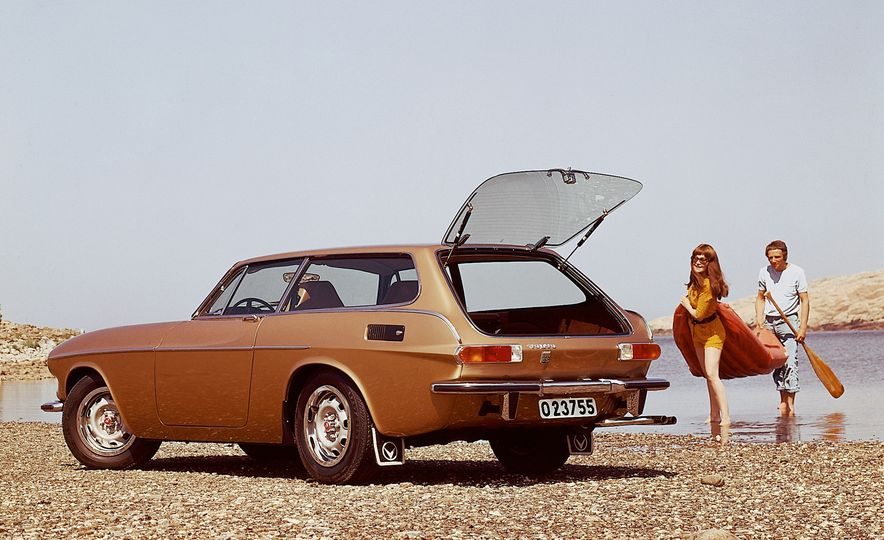 Estate Planning: A Visual History of Volvo Station Wagons - Slide 10