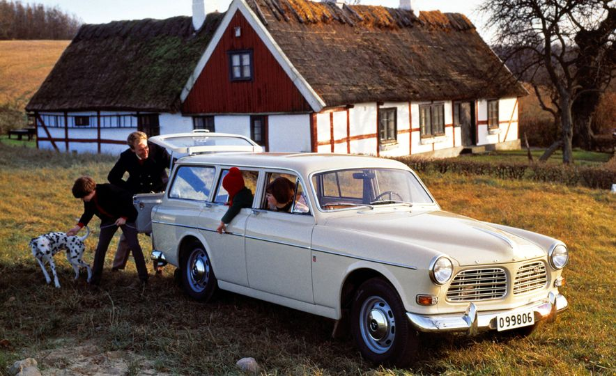 Estate Planning: A Visual History of Volvo Station Wagons - Slide 5