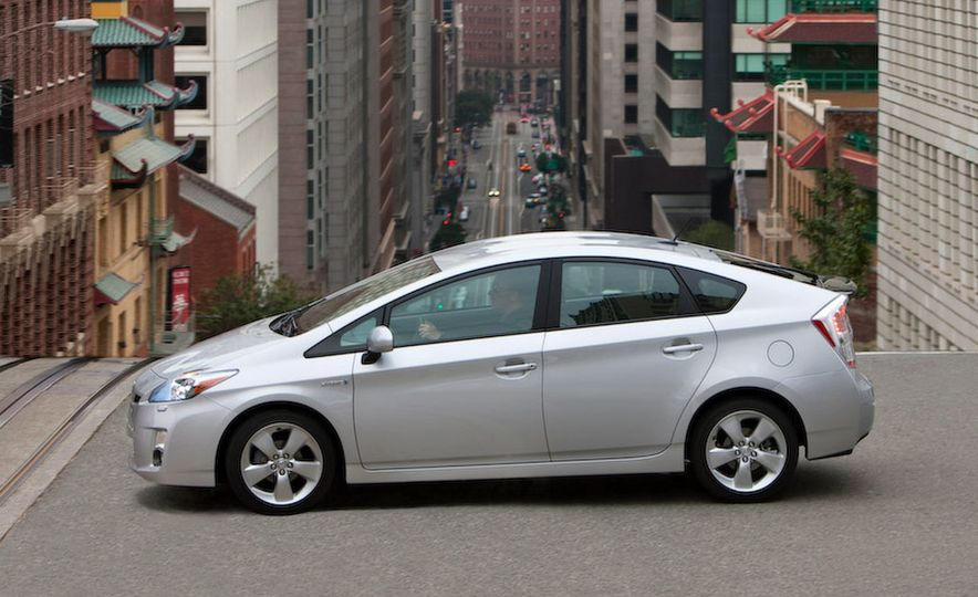 Prius History: From precedents to Prime - Slide 13
