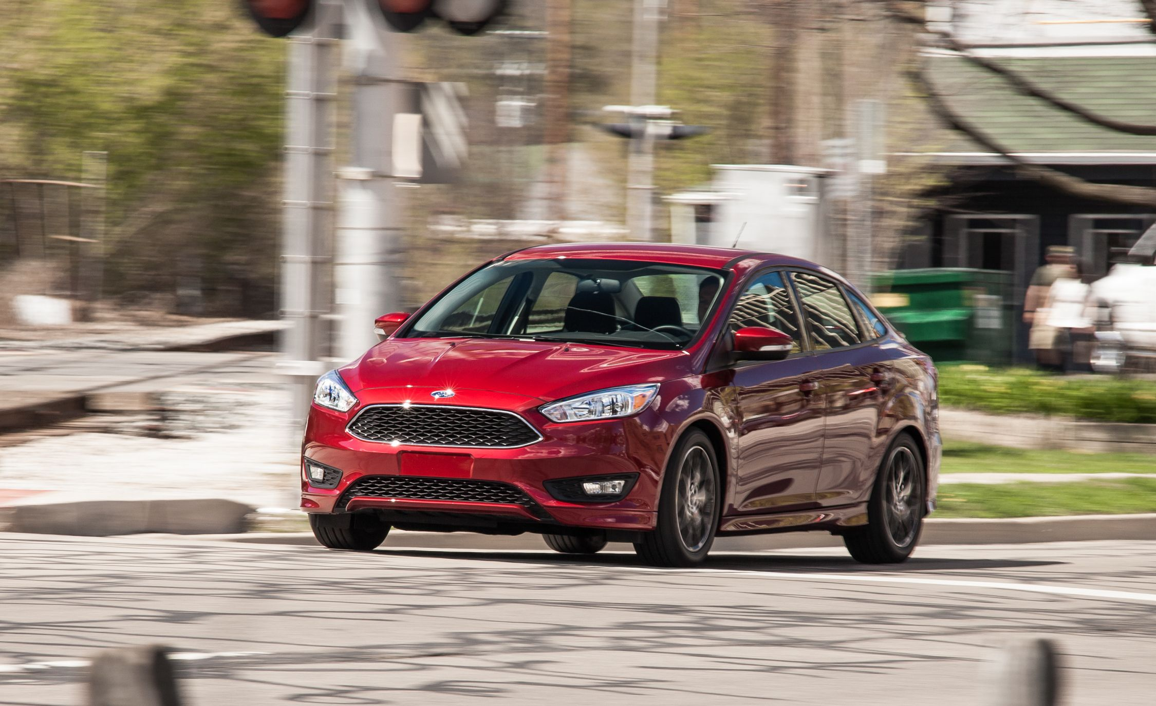 2015 Ford Focus 1.0L EcoBoost - Slide 1 & 2016 Ford Focus sedan Pictures | Photo Gallery | Car and Driver markmcfarlin.com
