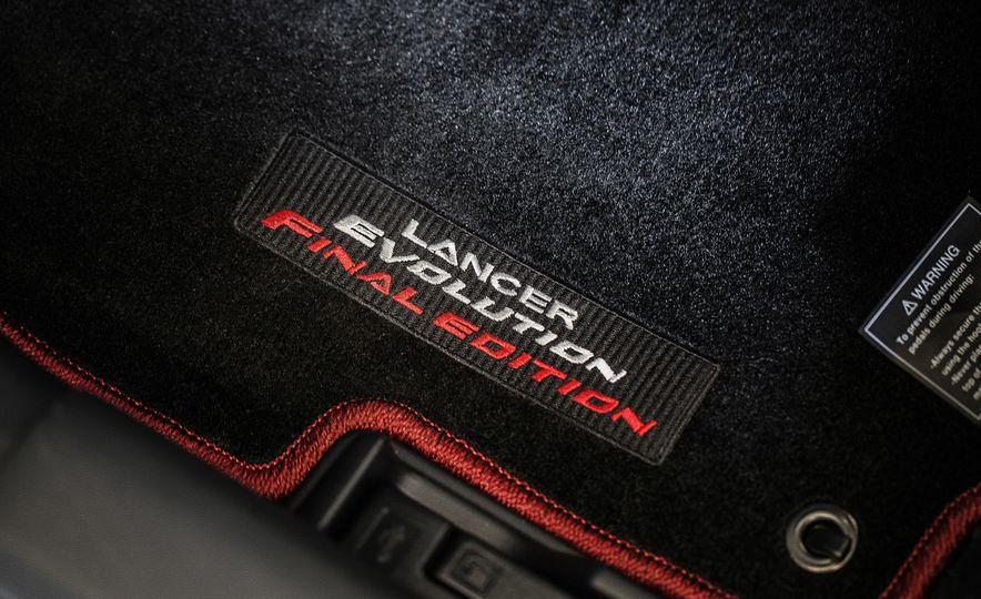 2015 Mitsubishi Lancer Evolution Final Edition - Slide 26