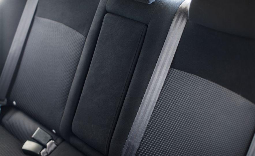 2015 Mitsubishi Lancer Evolution Final Edition - Slide 28