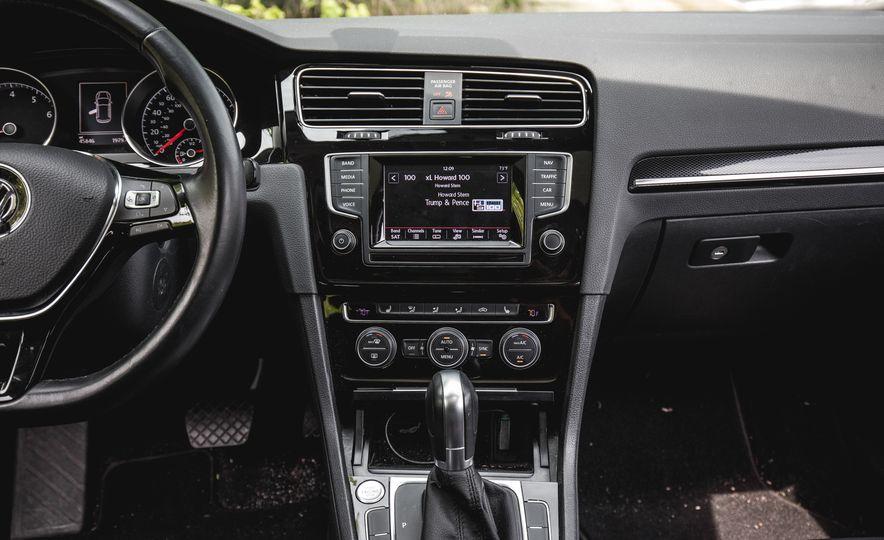 2015 Volkswagen Golf 1.8T TSI - Slide 27