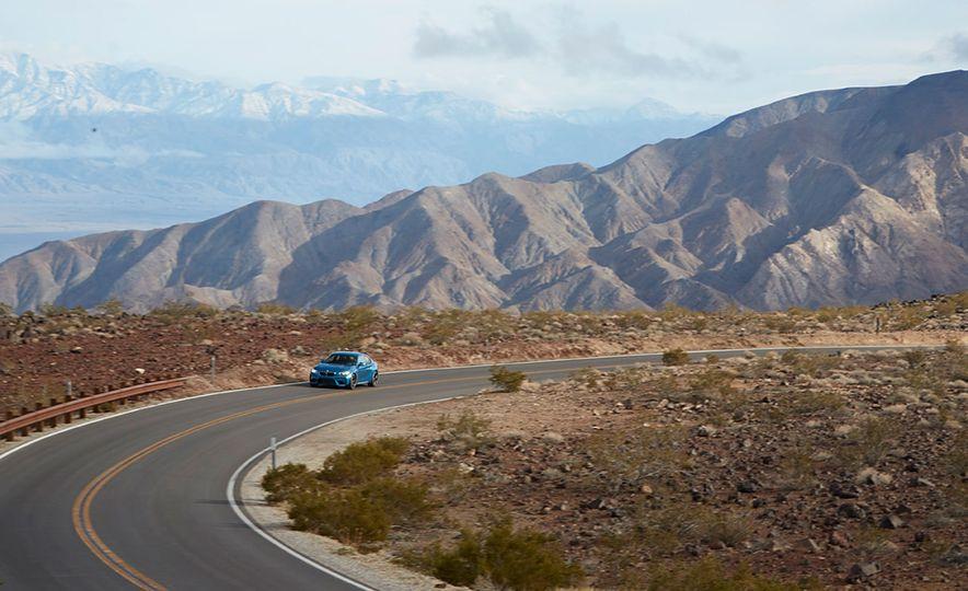 2016 BMW M2 - Slide 5