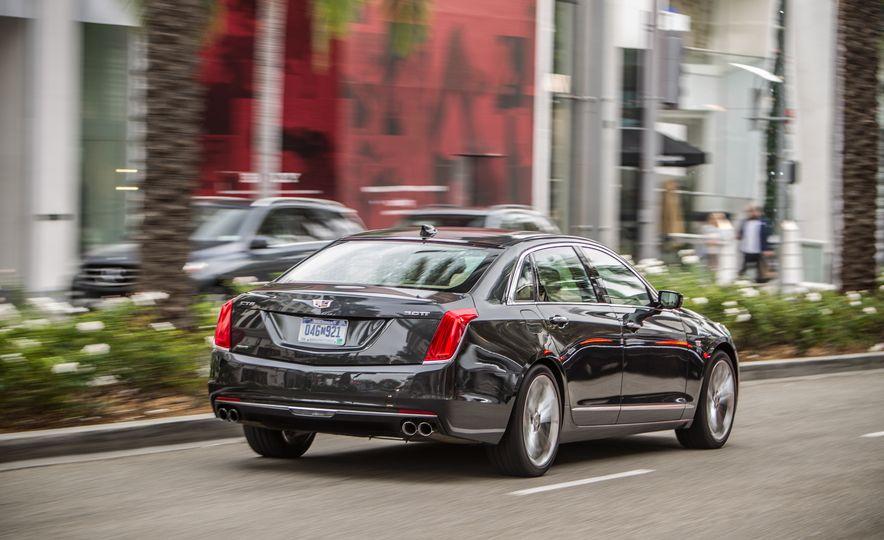 2016 Cadillac CT6 Platinum AWD - Slide 5