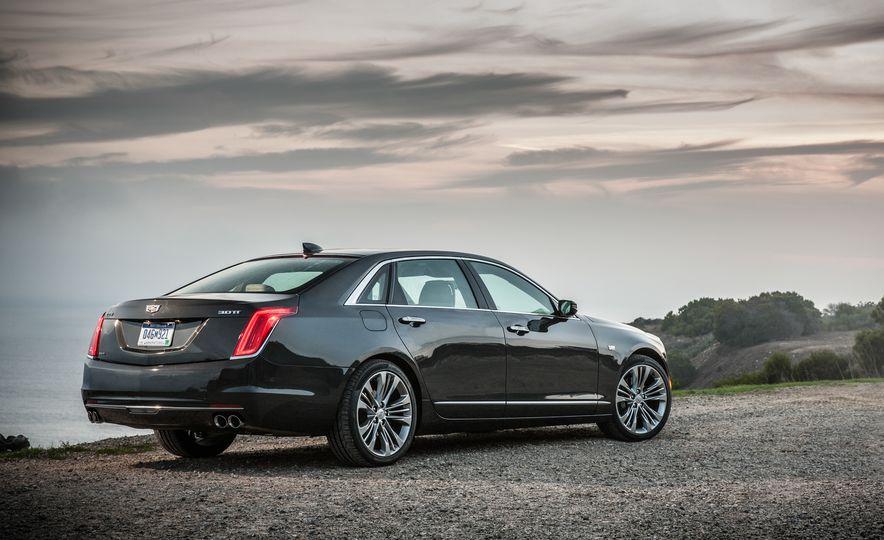 2016 Cadillac CT6 Platinum AWD - Slide 10